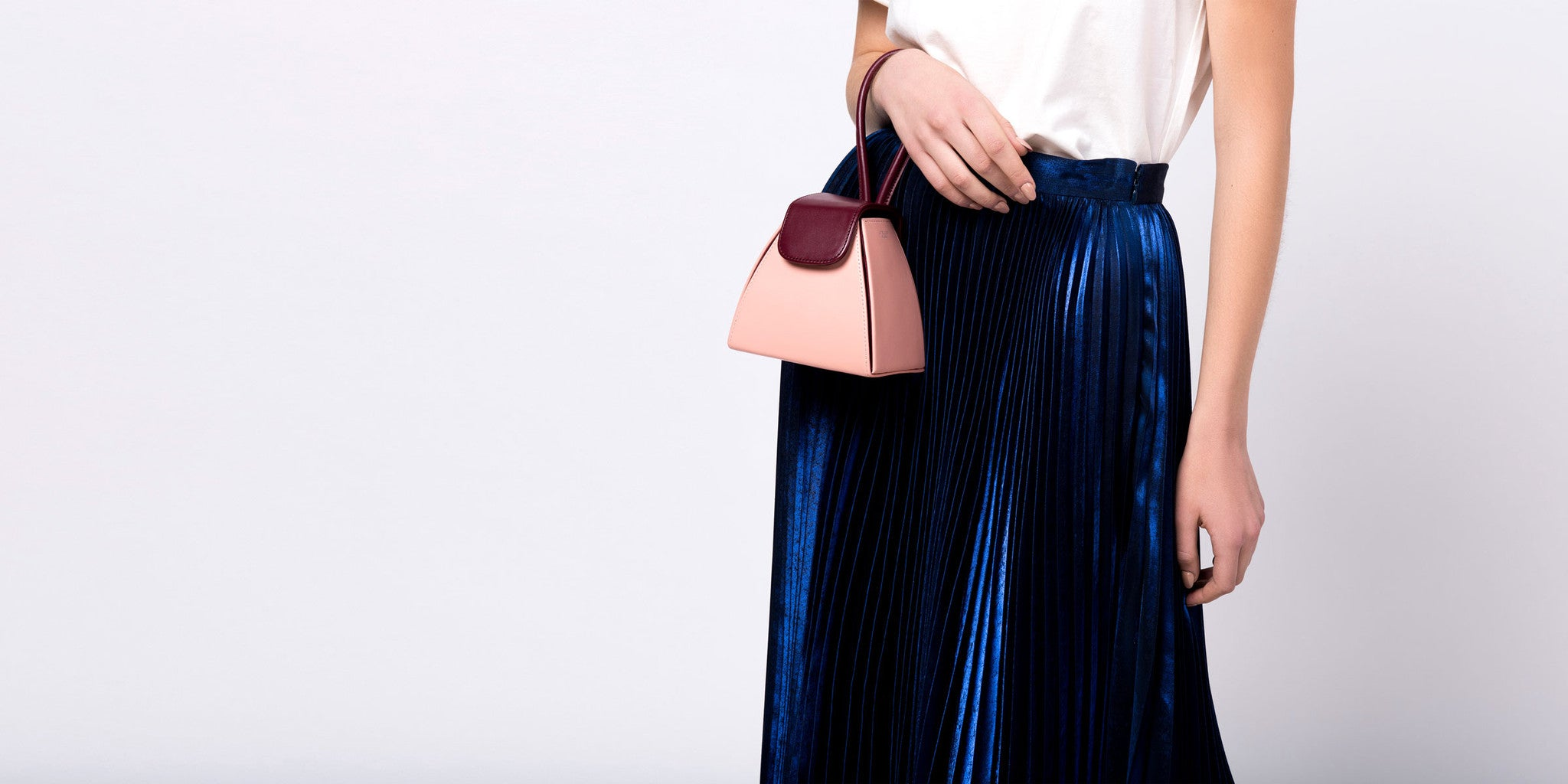 Color Block Handle Bag by Atelier Park