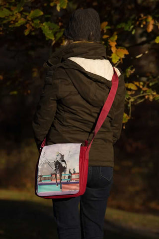 red horse jump messenger bag