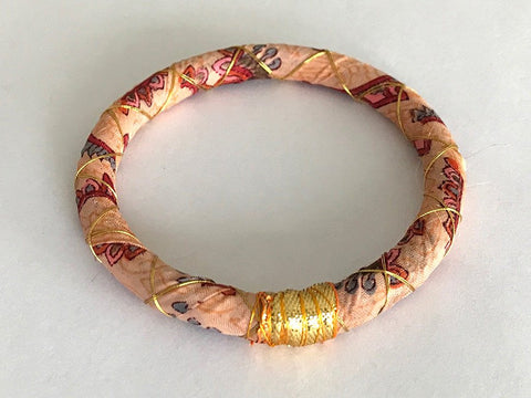 Sari Bangle - Who is sari now?