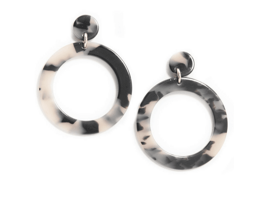 Camila Resin Earrings - Black / Tan