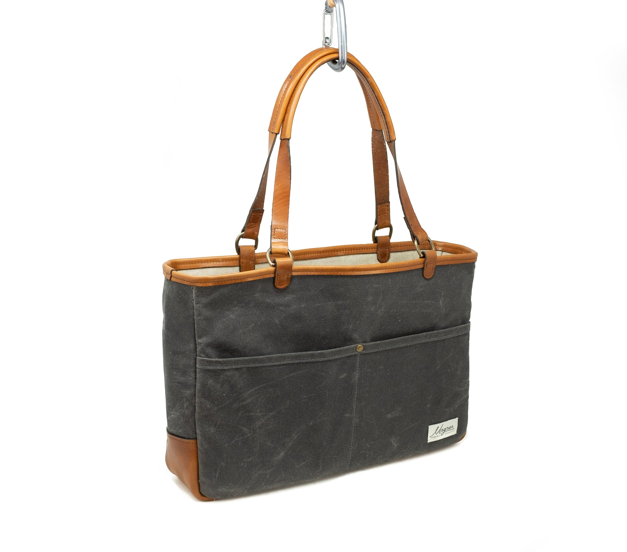 BriefTote