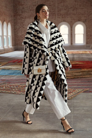 Vogue Features Oscar De La Renta PF 2019