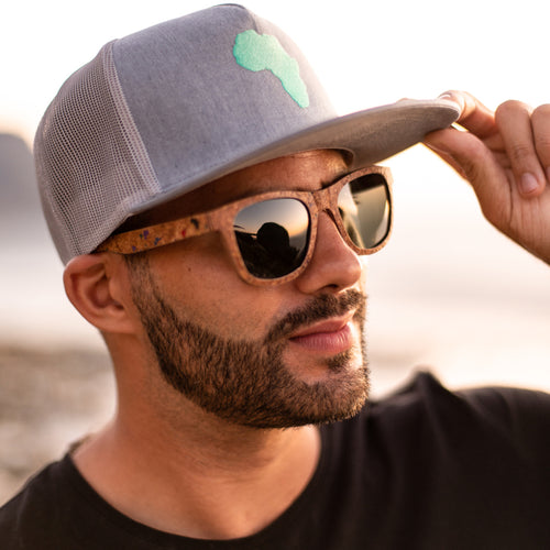 ThisGuy SnapBack Trucker Cap - Africa (Heather Grey)