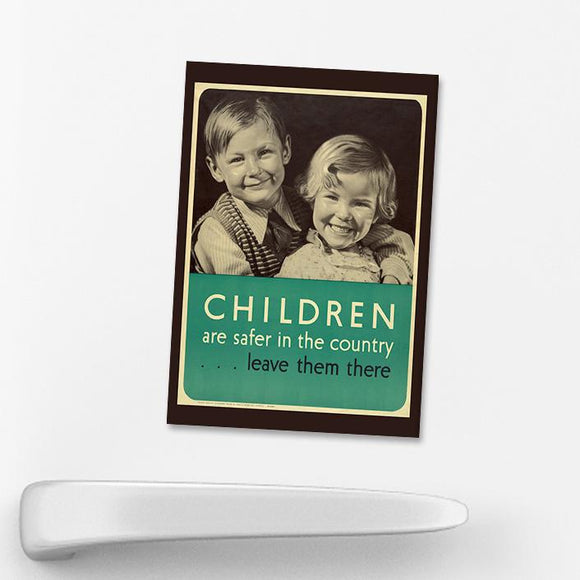 MAGNET (Pack of 10): 'Children Are Safer In The Country'