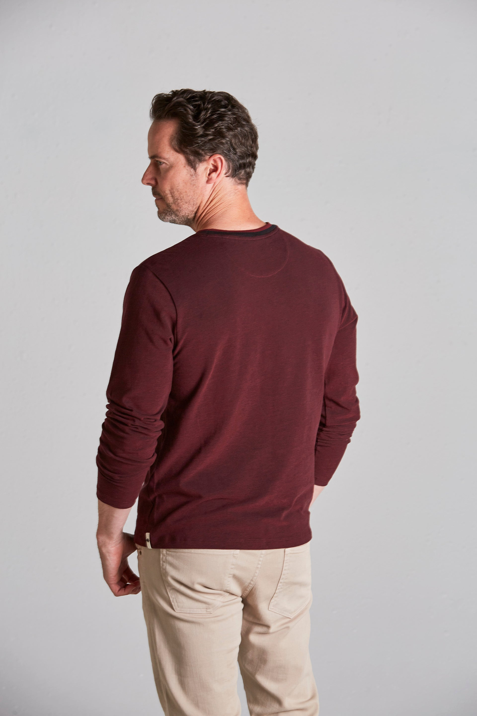 Load image into Gallery viewer, Crain Oxford Crew Long Sleeve Tee - Burgundy