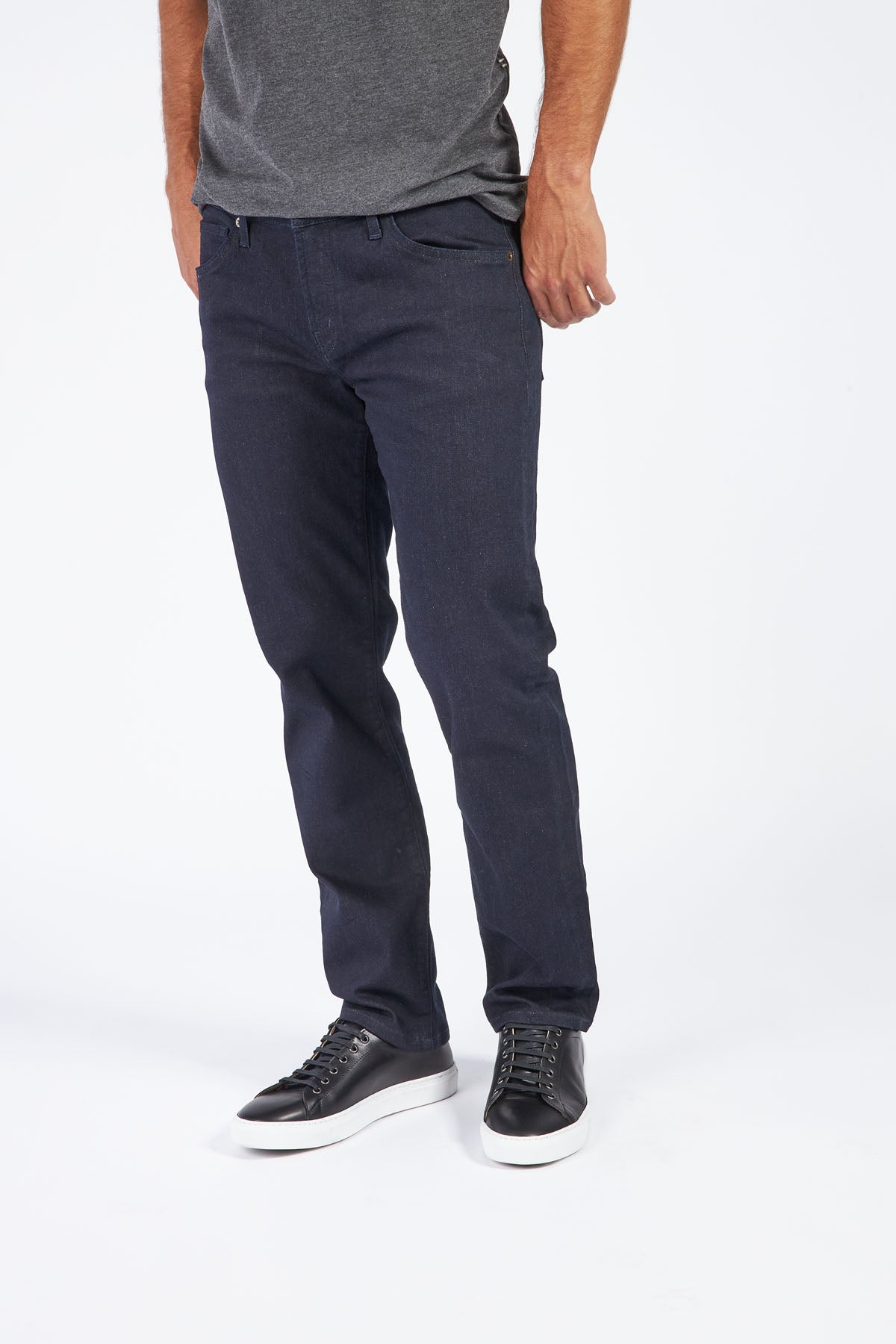 Load image into Gallery viewer, Silo Slim Straight Leg Denim - Oliver Wash