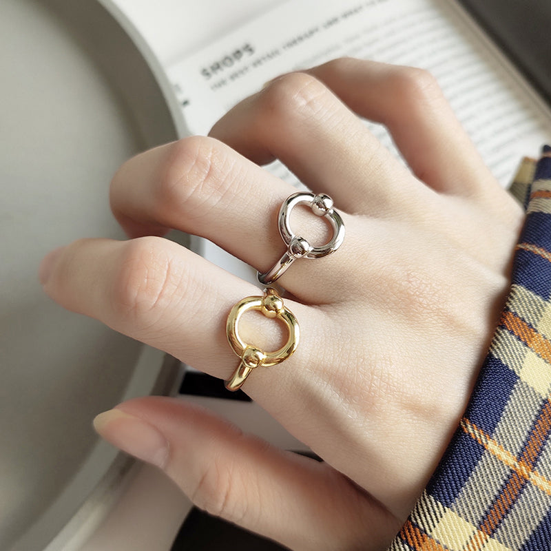 O Shape Oval Circle Gold Rings - CleoBLVD