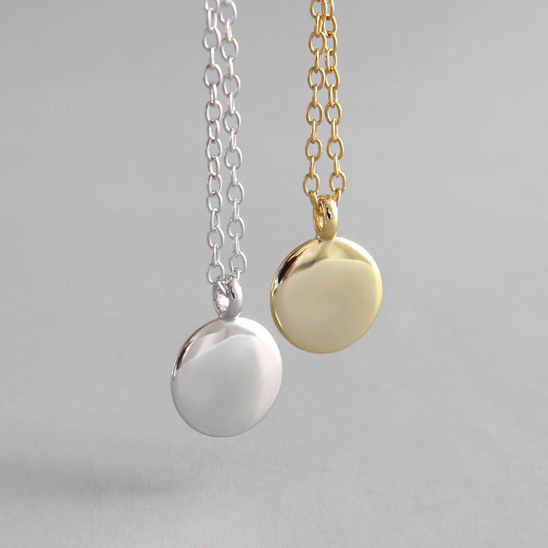 Round Chic Pendant Necklace - CleoBLVD