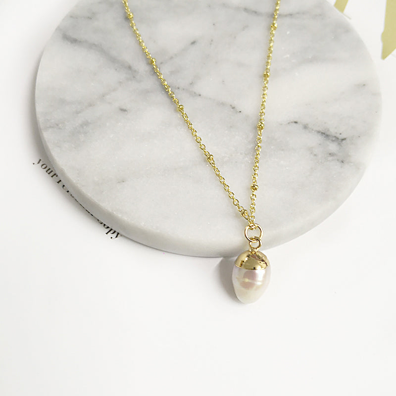 Gold Beaded Pearl Pendant Necklace - CleoBLVD