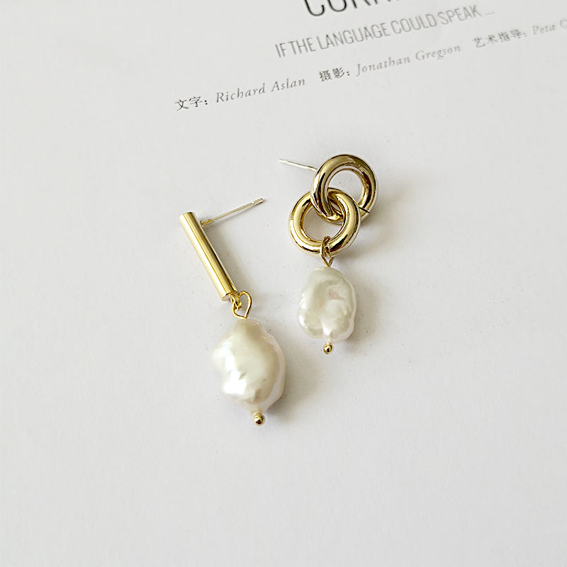 Natural Freshwater Pearl Drop Earrings - CleoBLVD