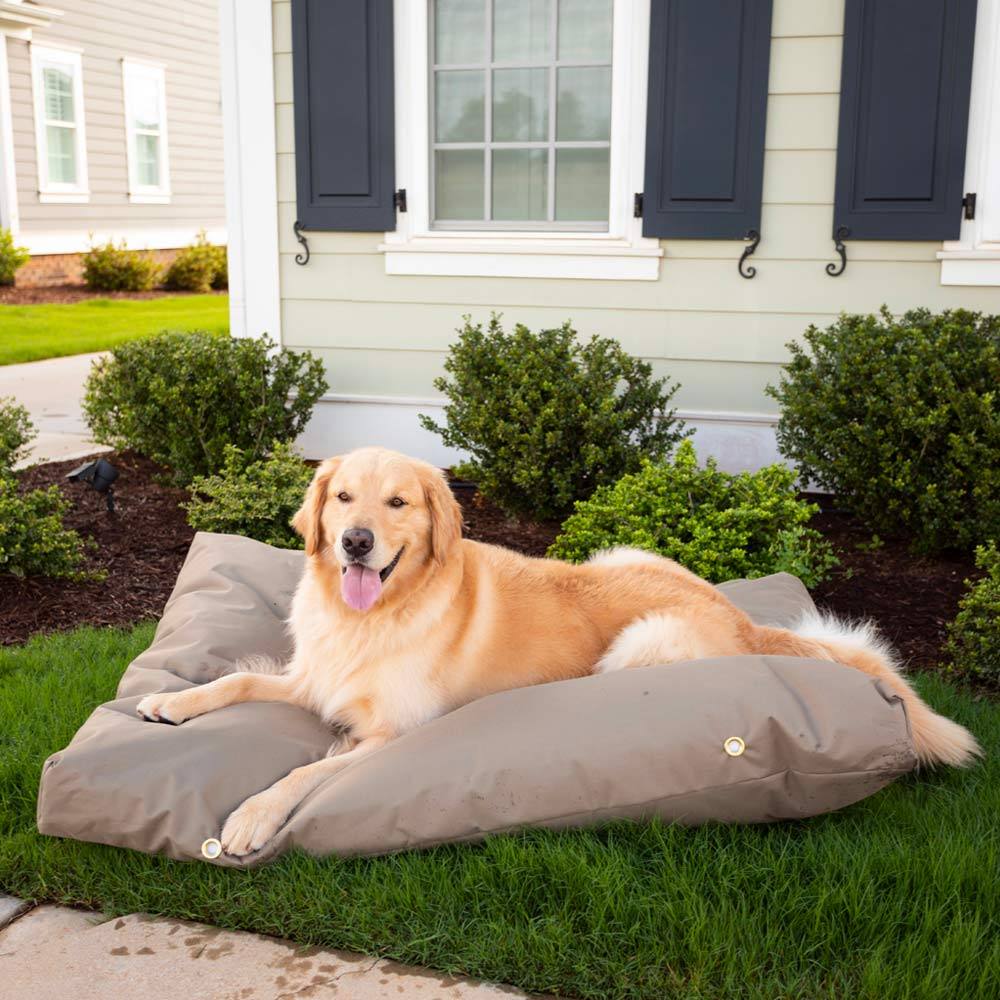 Snoozer Outdoor Waterproof Rectangle Dog Bed