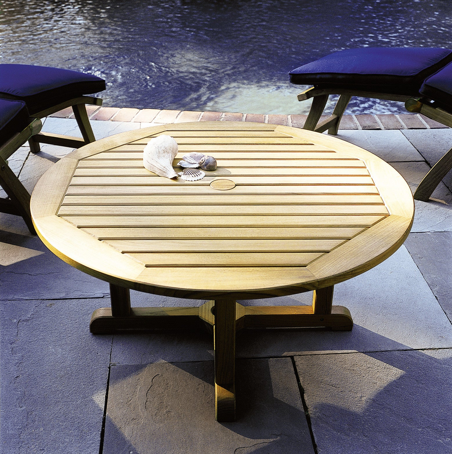 Kingsley bate essex round coffee table 42 vineyard decorators kingsley bate essex round coffee table 42 geotapseo Image collections
