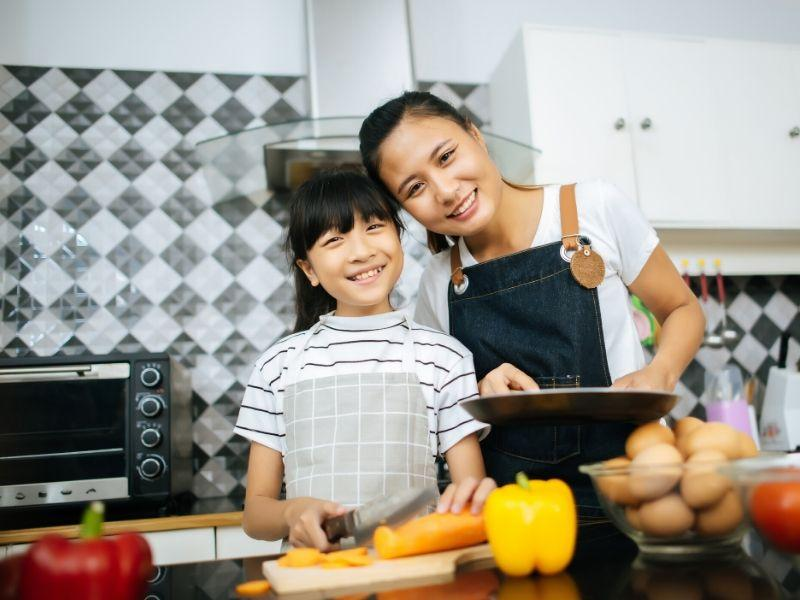 8 Cooking Tips and Tricks from Real Moms – Rumi Spice