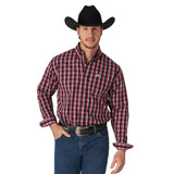 Wrangler Men's Red/Black Plaid Classics Long Sleeve Shirt