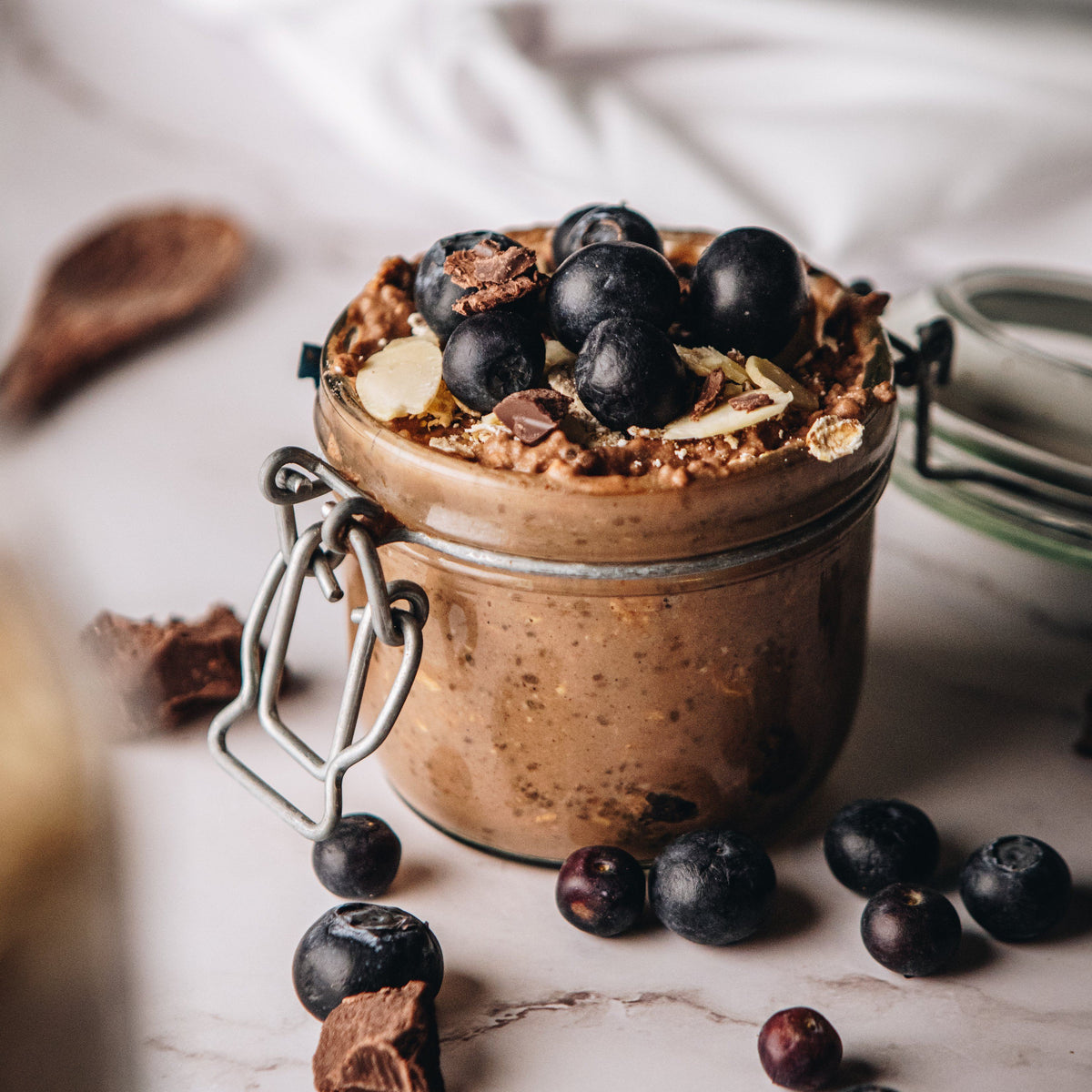 Overnight Chia & Chocolate Protein Oats