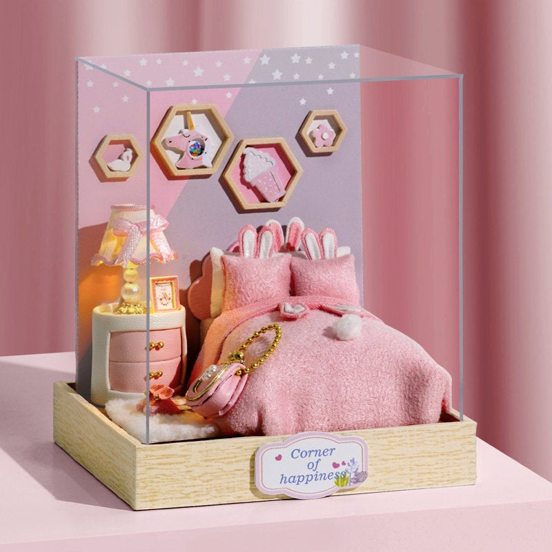 Heartbeat Moment - Corner of Happiness Series - 1:24 DIY Miniature Dollhouse Craft Kit