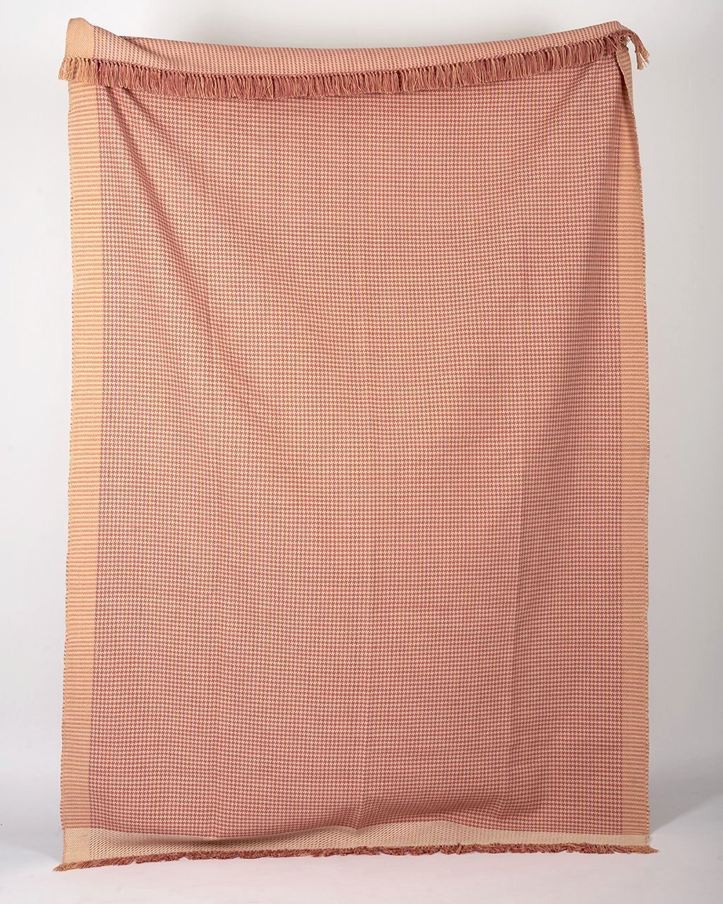 Houndstooth Blanket - Peach Bloom