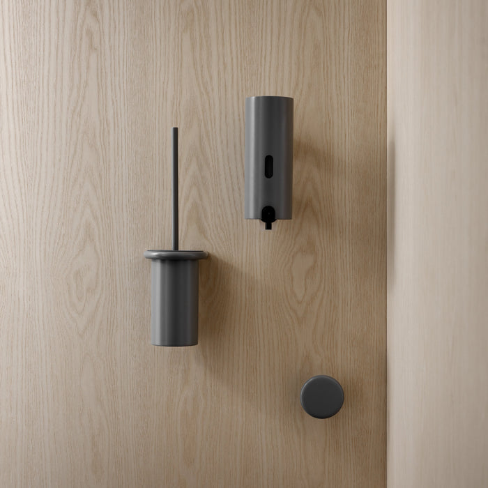 With a series of classic fittings that form a cohesive whole, d line offers a sanitary collection in a variety of finishes.