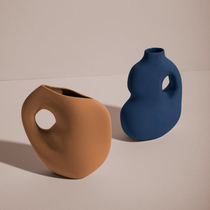 Aura ceramic vase collection