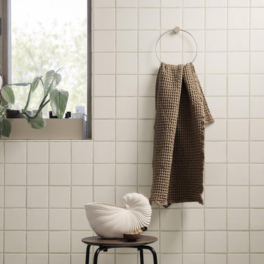 Simple and minimal towel holder