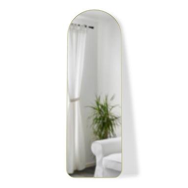 hubba arched leaning mirror by umbra