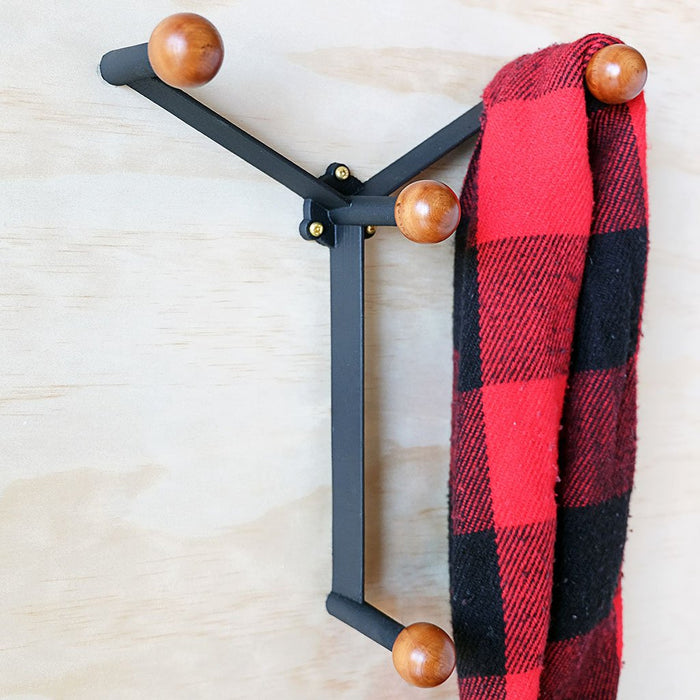 Wood knobs wall hook