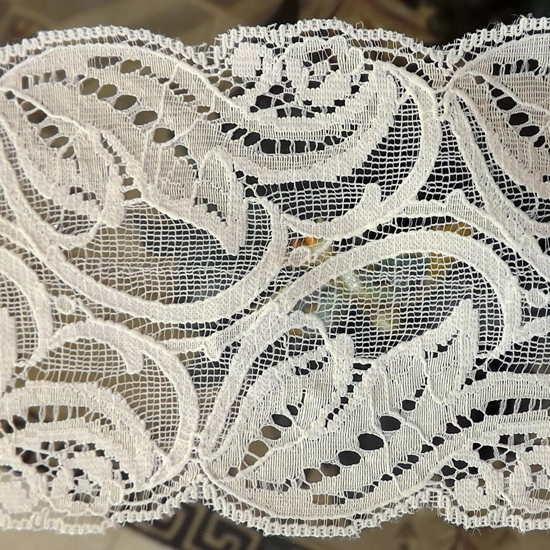 20 Yards Embroidered White Victorian Gothic Venice Galloon Lace 3