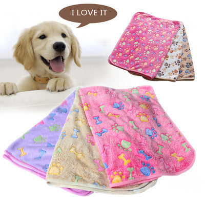 2016 New 40 x 60cm Cute Floral Pet Sleep Warm Paw Print Dog Cat Puppy Fleece Soft Blanket Beds Mat - Pestora