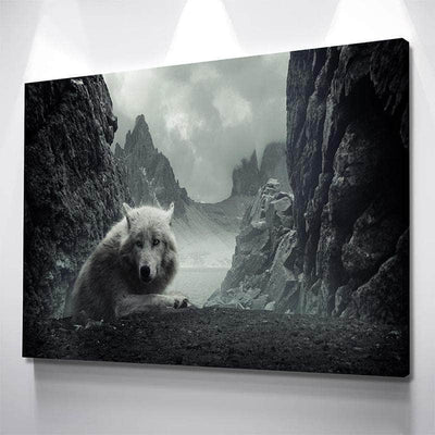 Wolf in The Mountains Canvas Set