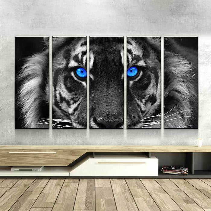 The blue eyes and blue butterfly  //High Quality wall Art poster Choose your Size