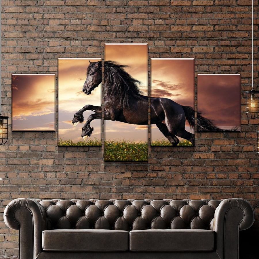 Black Friesian Horse Canvas Set
