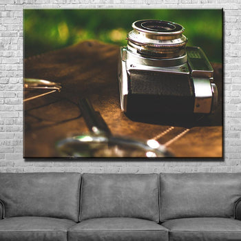 Upright Camera Canvas Set