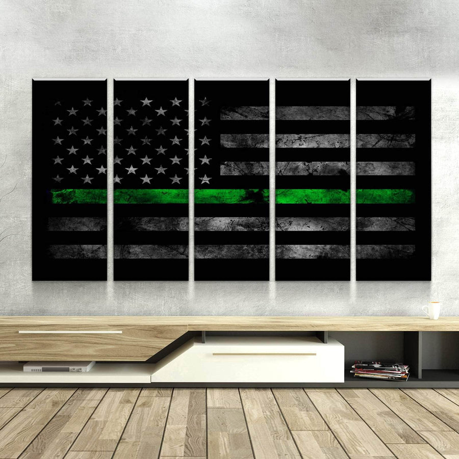 Thin Green Line Canvas Set