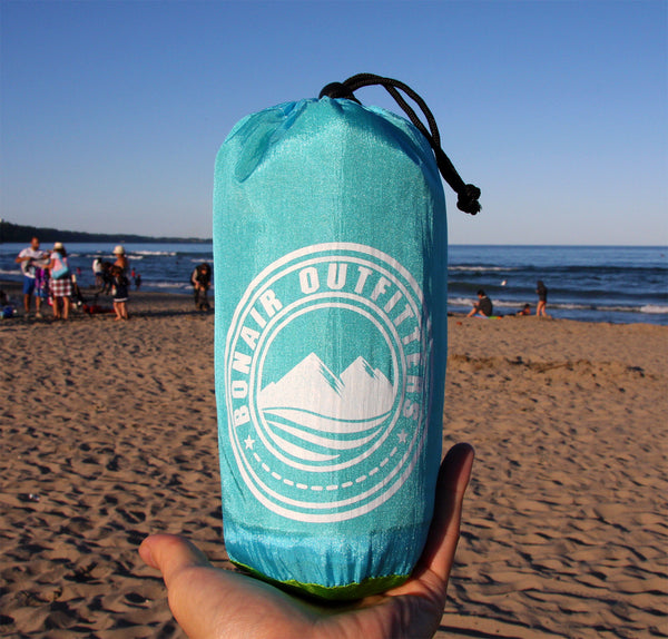 Sand Repel Beach Blanket / Outdoor Blanket. Family Friendly 20% Over-Sized 7x9 Feet. FREE SHIPPING
