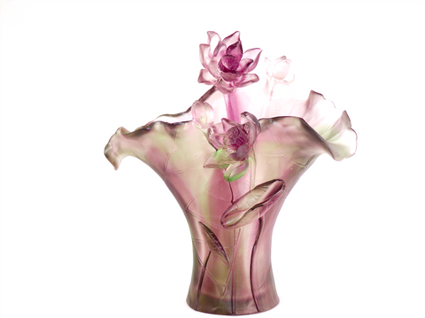 Vase Sculpture: Marguerite Purple.