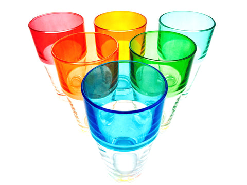 Service Color Sunshine: 6 verres long drink.