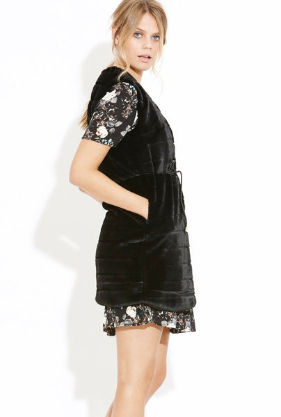 Silky Black Gilet - Eighty7 Boulevard