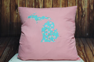 Throw Pillow (Floral Mitten) Pink
