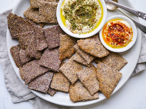crunchy flaxseed crackers