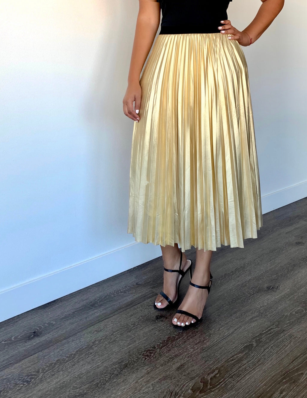 Keturah Metallic Gold Pleated Skirt