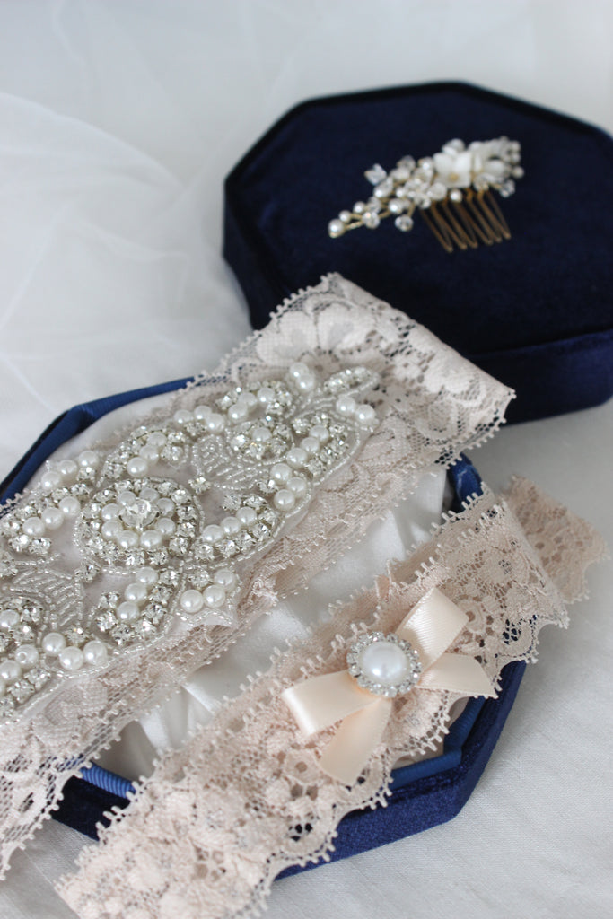 champagne lace wedding garters,bridal garters with crystals,crystal wedding garters,champagne underlay wedding dress,champagne lace garter,vintage garter,garter with pearls,custom made garter