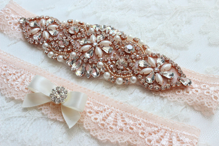 JUDY| Blush and Rose Gold Wedding Garter Set with Crystals and Pearls