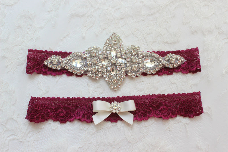 burgundy garter,red wine garter, burgundy wedding,lace bridal garter,burgundy red garter,vintage wedding,crystal garter,vintage wedding,retro wedding