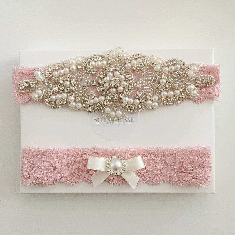 ELISABETH | Wedding Garter Set with Crystals and Pearls - Dusty Pink