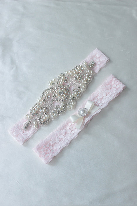 ELISABETH | Wedding Garter Set with Crystals and Pearls - Light Pink