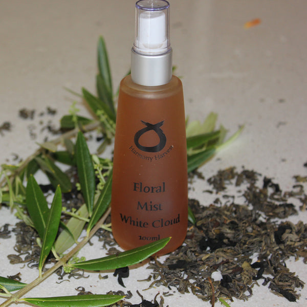 Organic Hydration Floral Mist-White Cloud