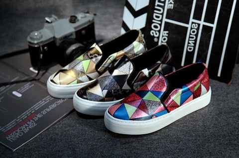Womens Triangular Design Slip-On Sneakers