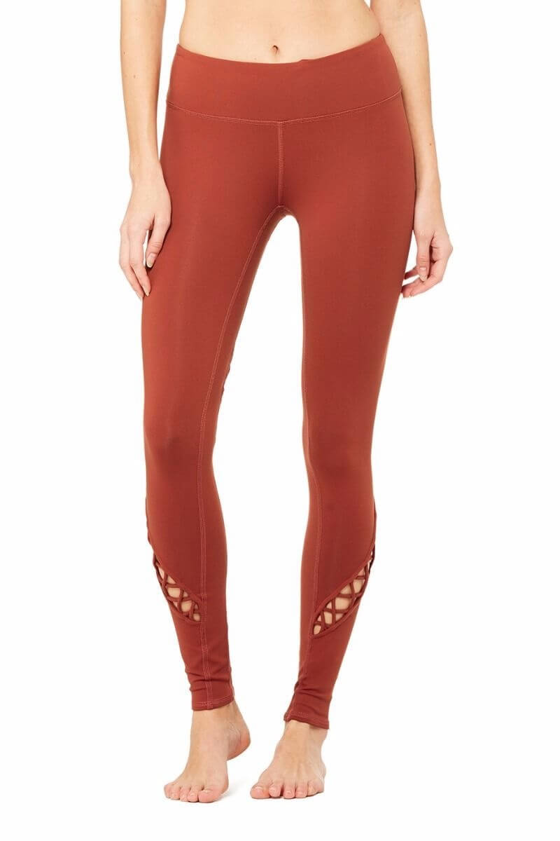 SEA YOGI Entwine legging in Amber by Alo, Yoga Shop in Palma de Mallorca, front