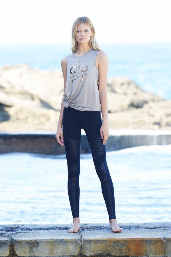 SEA YOGI High Waist Moto legging by Alo, Yoga Shop in Palma de Mallorca, black styled