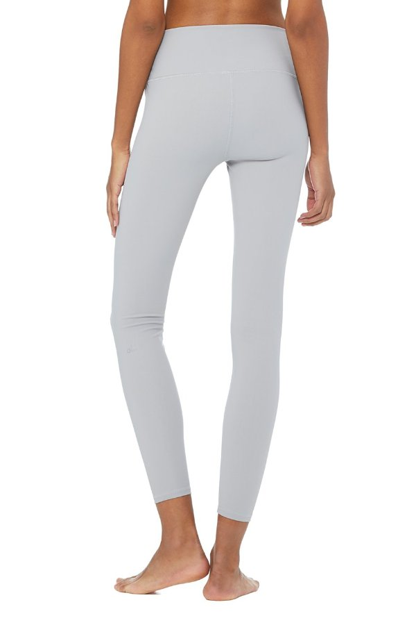 SEA YOGI // Alo High ripped warrior legging, alloy, back